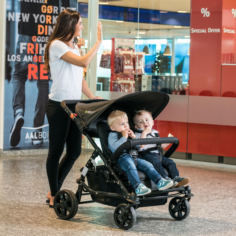 609228dd602 BabyTrold tvillingeklapvogn - Trille Duo 2 siddepladser, stor varekurv, kan  klappes sammen med én hånd, m.m. - Coop.dk