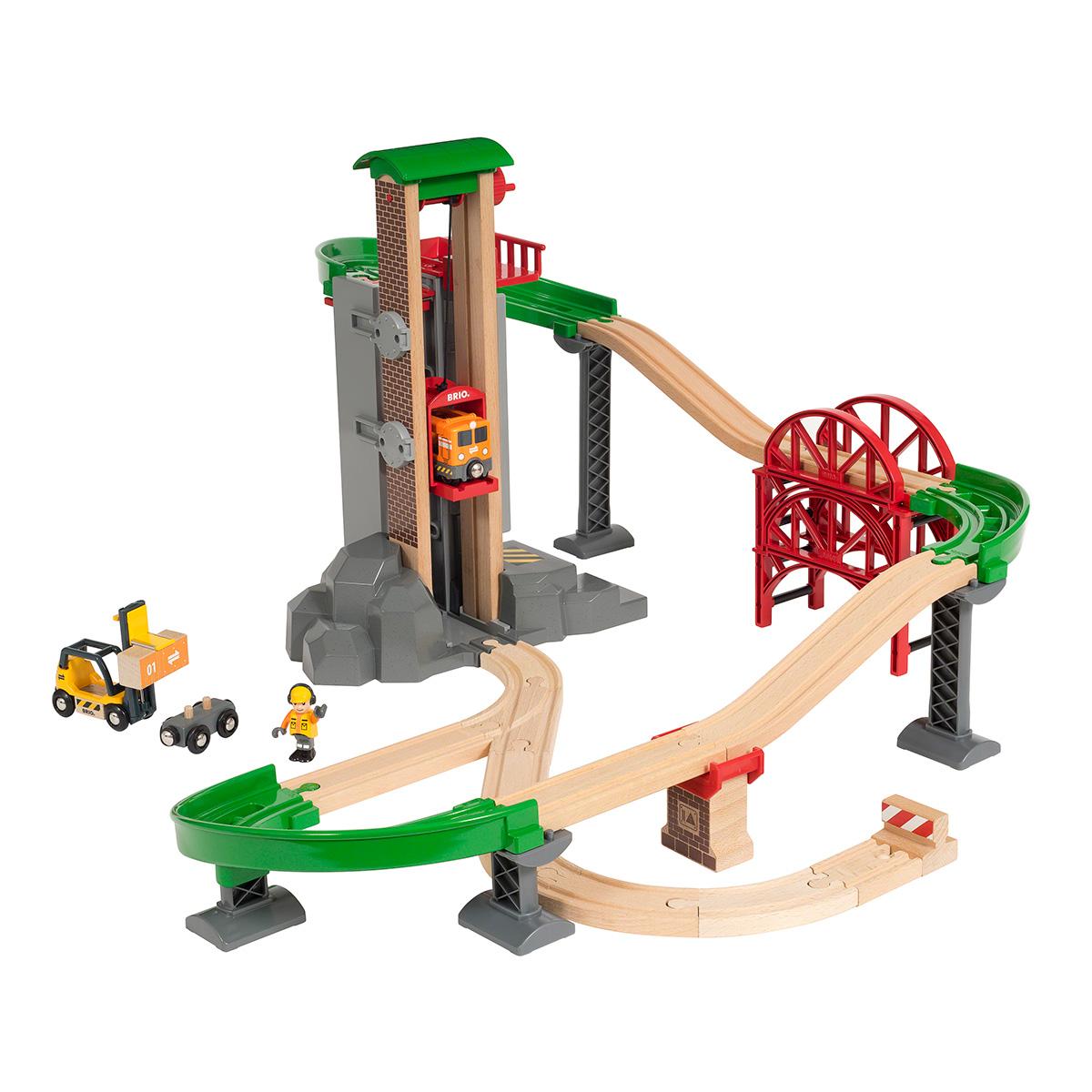 Image of   BRIO løft og læs togbane med lagerbygning - 32 dele