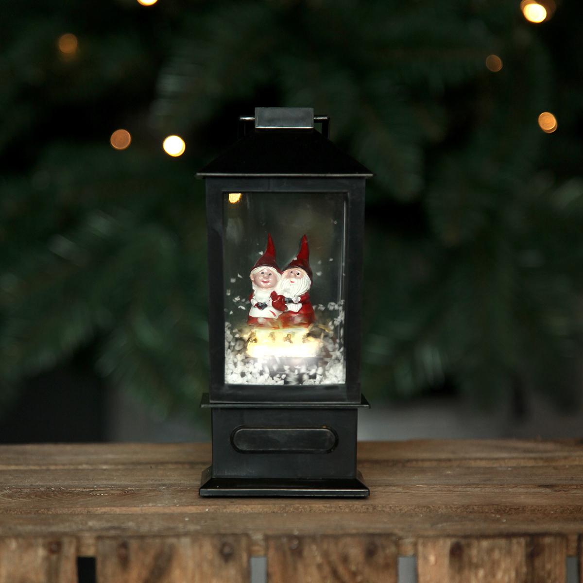 Image of   Det Gamle Apotek lanterne med nisser