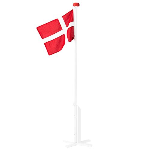 Billede af Langkilde & Søn hvidmalet flagstang med Dannebrog