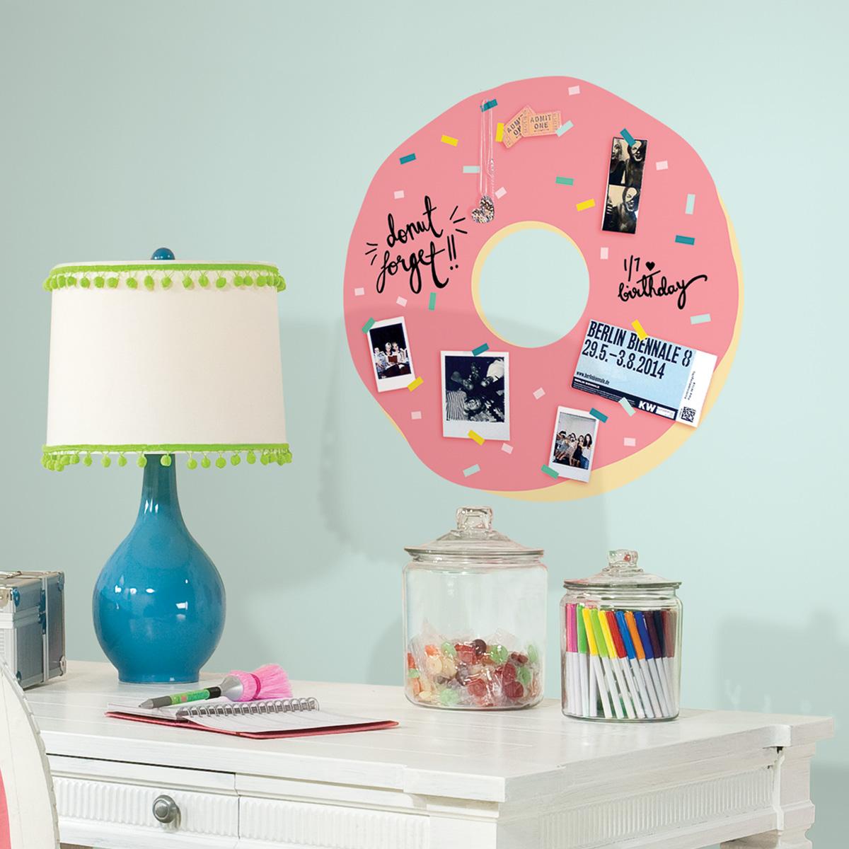 Image of   RoomMates wallstickers - Doughnut tavle